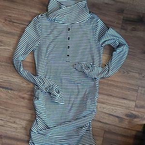 Maternity/Nursing Dress Size LG
